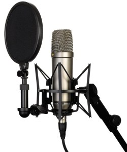 rode-nt1-a-condenser-microphone